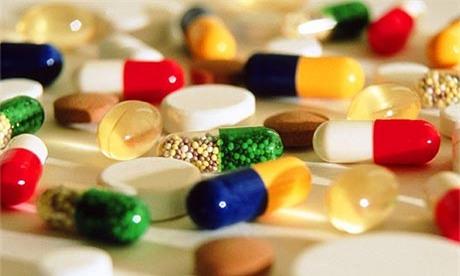 Một số loại thuốc tuyệt đối không được uống với nước nóng